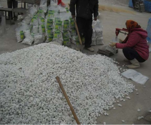 Flint white pebbles for paint mixing