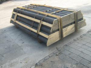 Graphite rods in pallets
